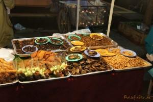 thailand chiang rai walking street maden essen