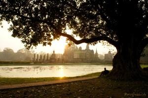 thailand sukothai sonnenaufgang tempelanlage