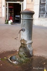 rom nasoni trinkbrunnen