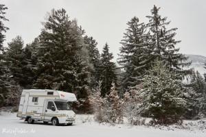 schweiz camper im schnee